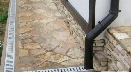 Системы поверхностного водоотвода, ливневка и дренаж